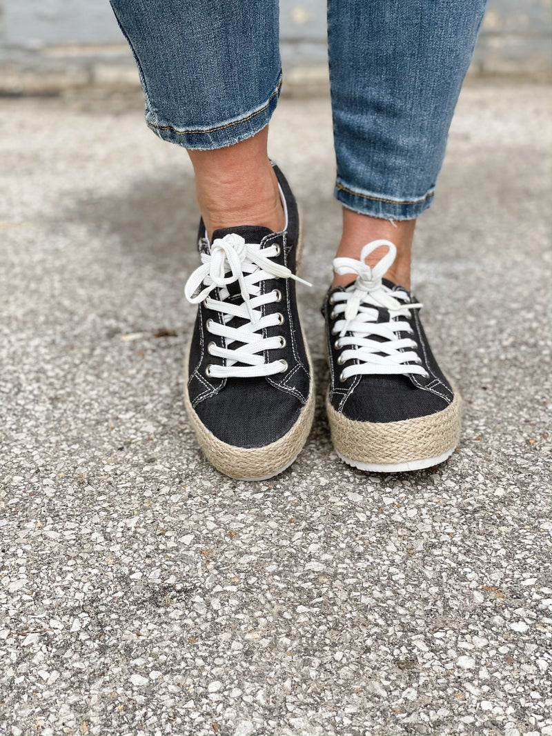 Maria Elena Black Platform Sneaker