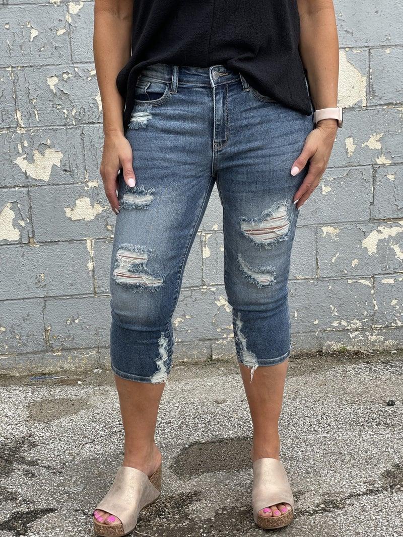 Judy Blue Karen Capri Distressed Jeans 69R