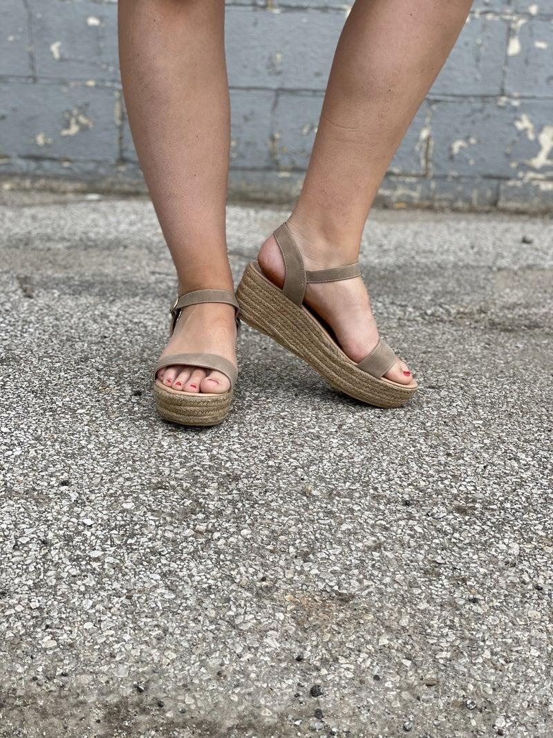 The Melena Sandal Taupe