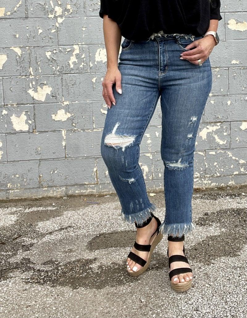 Risen Brianna Frayed Hem Straight Leg Jeans 55R