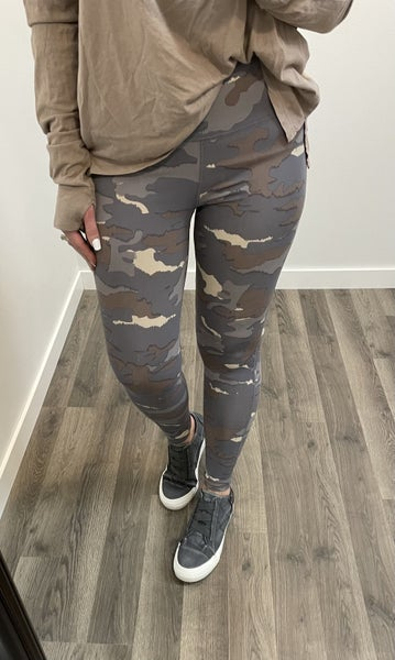 Blue Tundra Camo Leggings