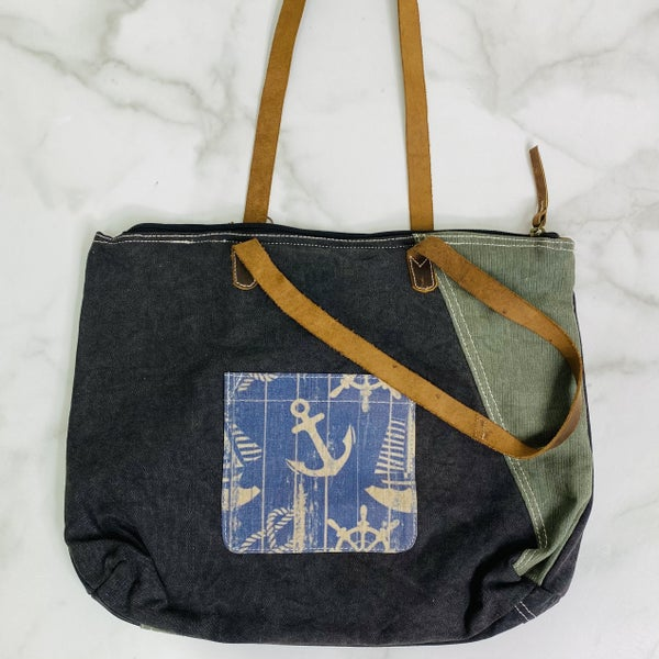 Anchors  and Ropes Oversized Tote