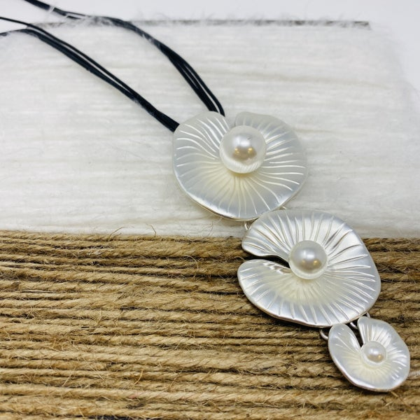 Lily Pad Pearl Pendant Necklace