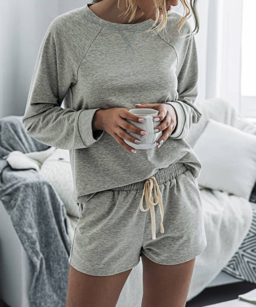 Pullover and Shorts Lounge Set in Grey