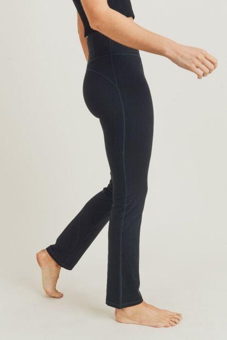 Straight Leg Legging by Mono B