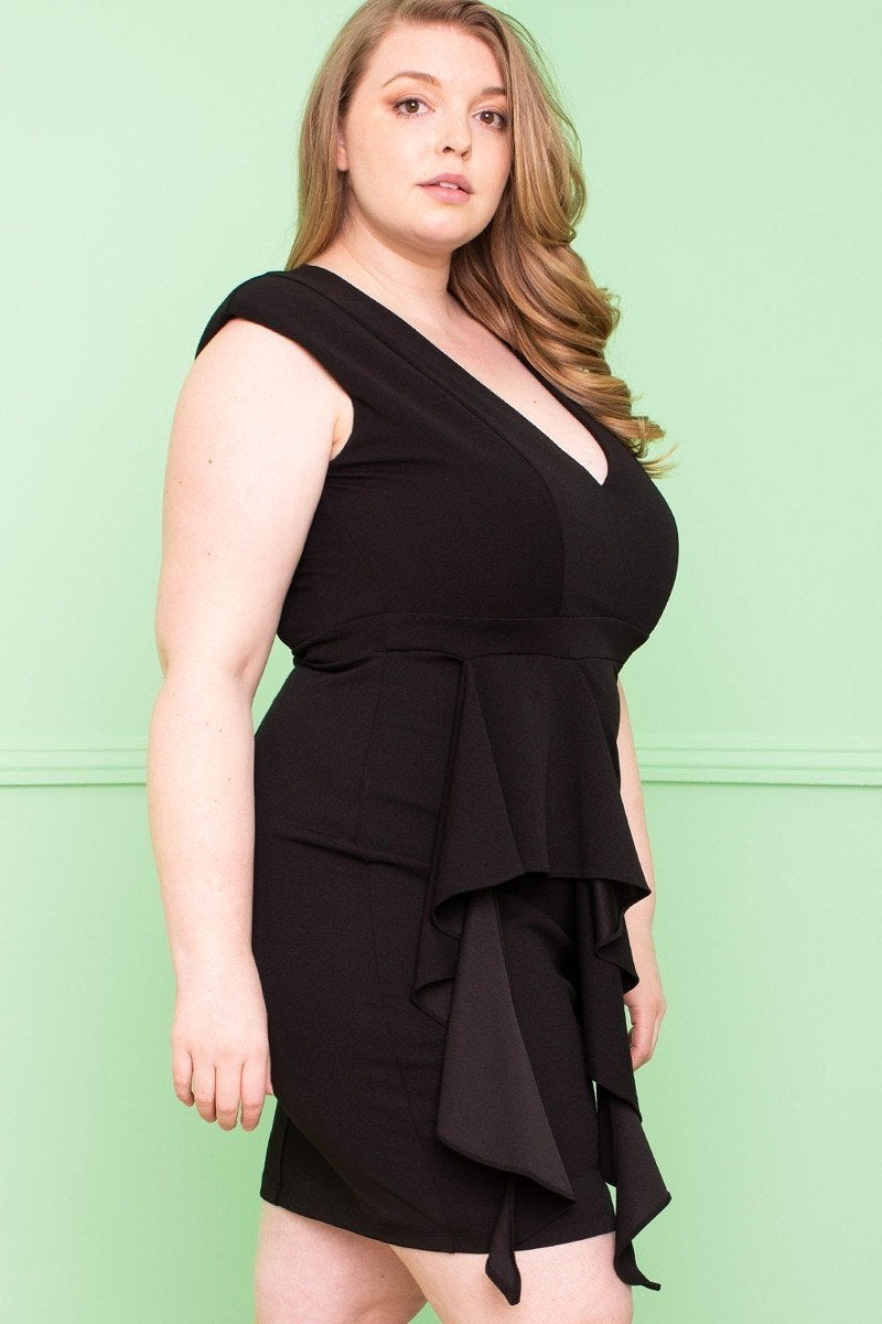 My Pretty Black Dress in Curvy