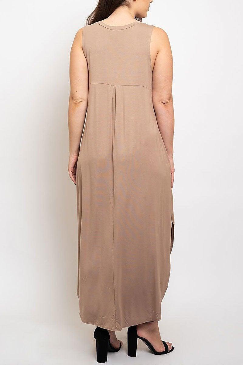 Curvy Maxi Dress in Mocha