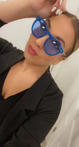 Kelsey Round Retro Sunglasses