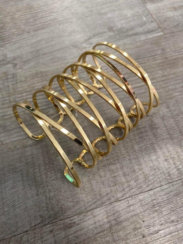 Cuff Bracelet (2 Colors)