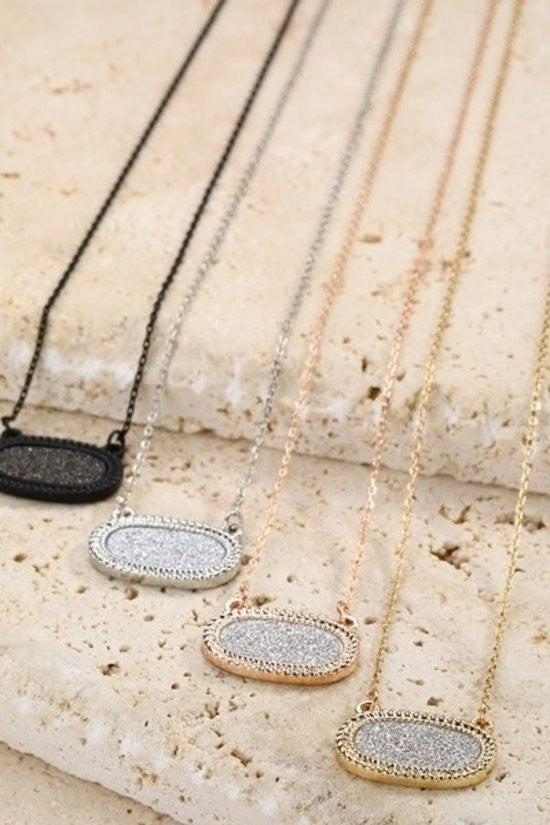 Simplicity Pendant Necklace (2 Colors)