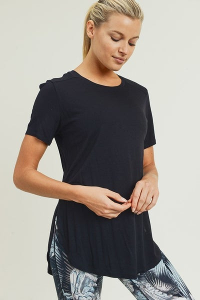 Basic Top by Mono B (all sizes)