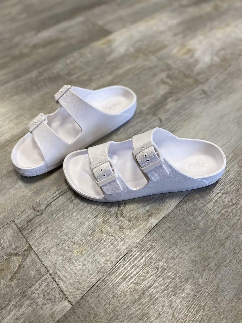 Lexie Slide in White