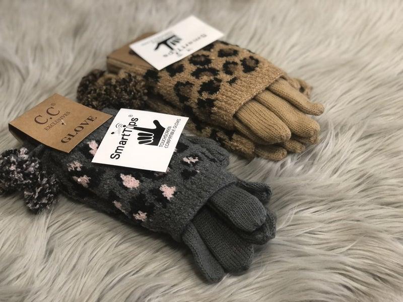 CC Leopard Knit Gloves with Pom