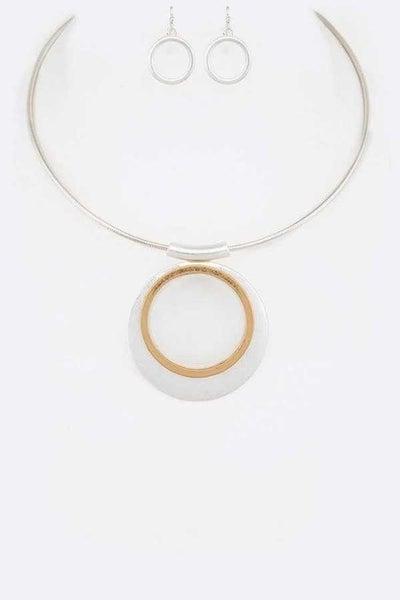 Two tone metal pendant necklace set