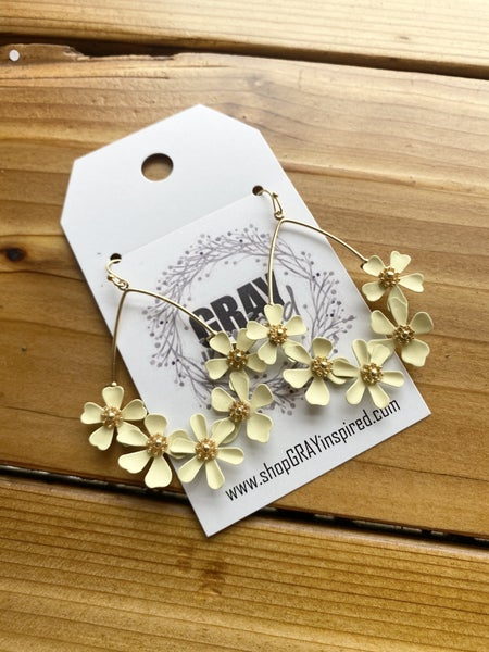 Arrione Floral Dangle Earring