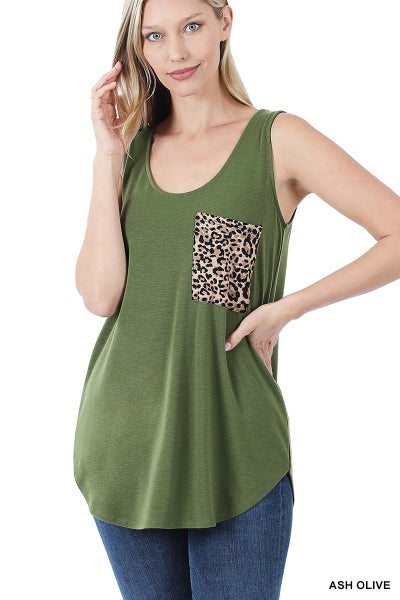 Tank top with leopard pocket