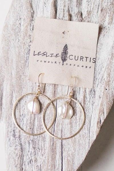 Leslie Curtis Willow Hoop Earring