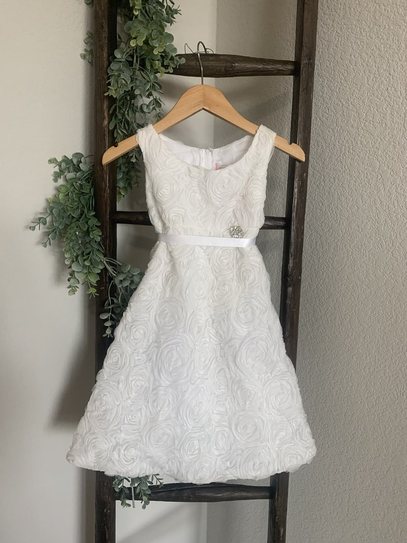 White Rosette Dress with Pin *Final Sale*