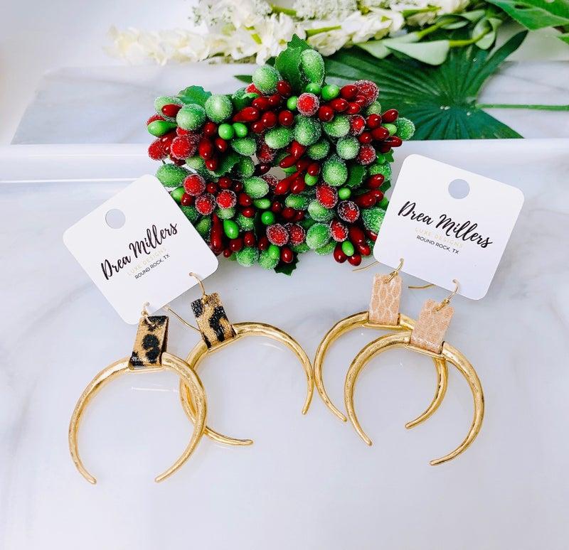 DM Hammered Crescent Earrings
