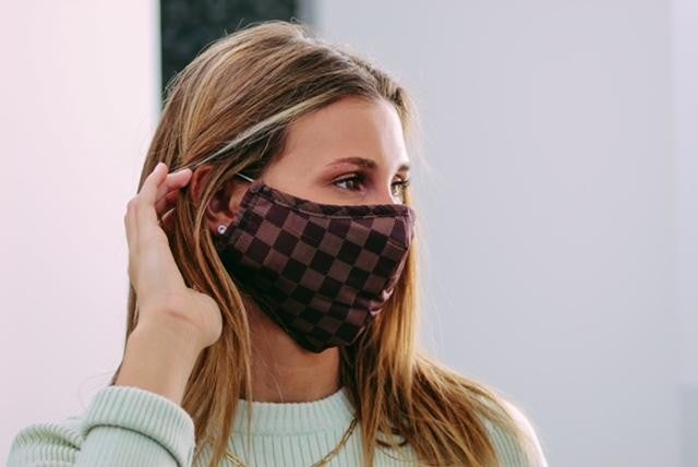 Lacey Face Mask