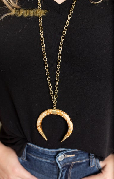 Love Poppy Long Horn Necklace - Axis