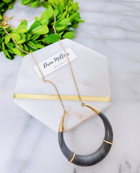 DM Bluewater Horn Necklace