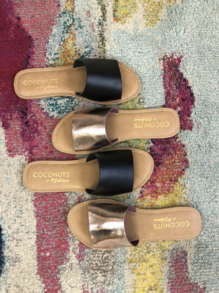 Coconut Cabana Flats *Final Sale*