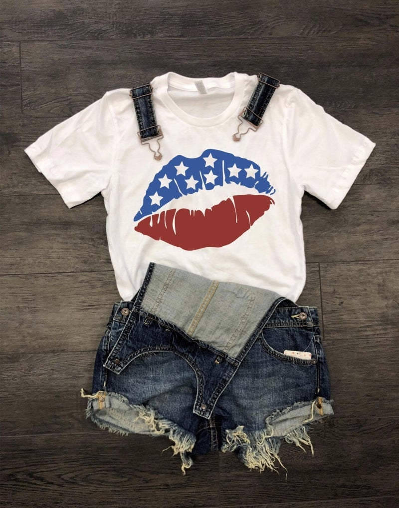 Lips Graphic Tee *Final Sale*