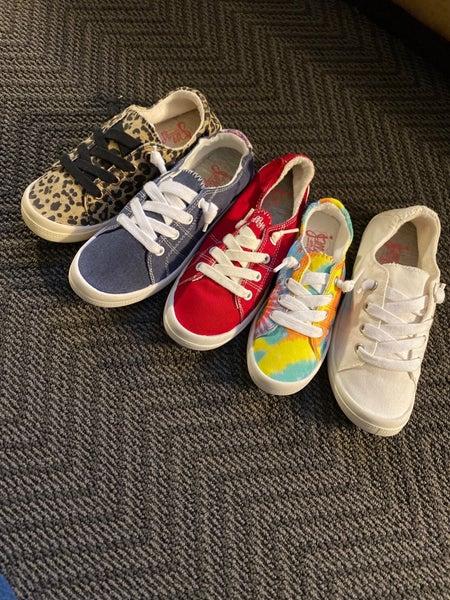 Stroll Through Dallas Shoes