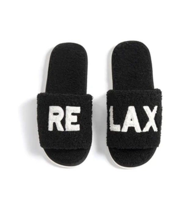R&R Black Slippers