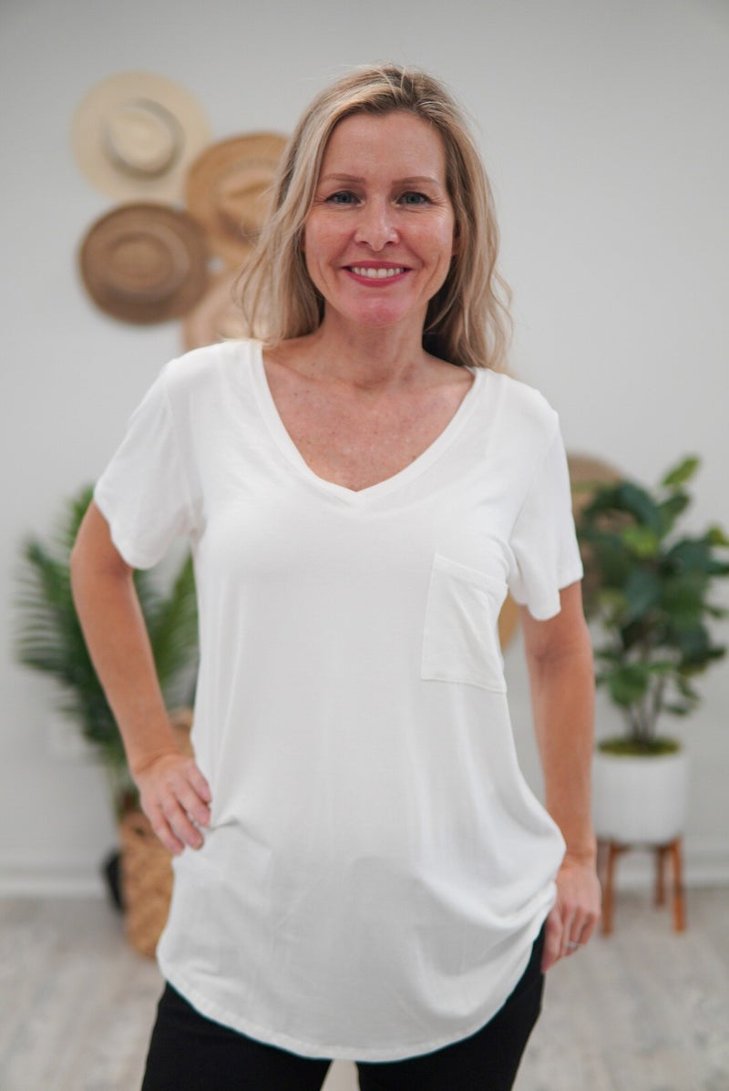 THE BEST Slouchy Pocket Tee EVER