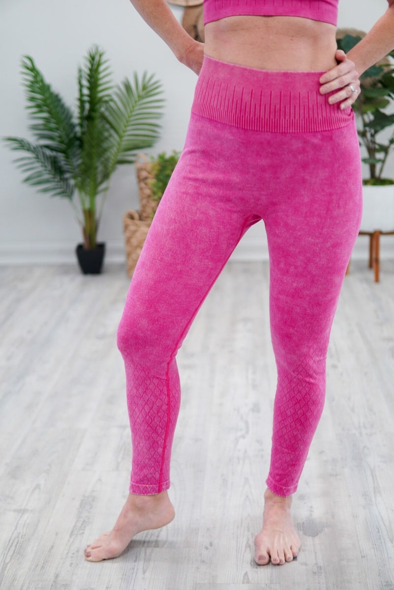 Lattice Mineral Washed Leggings