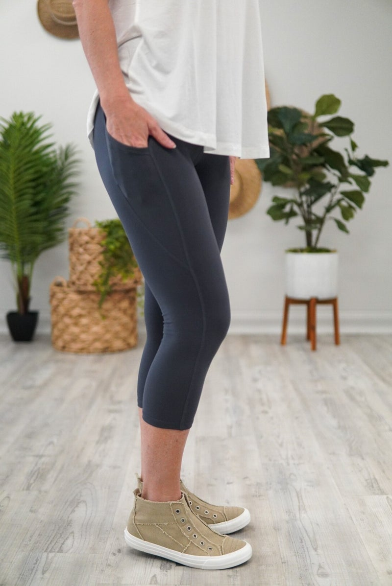 Capri Pocket Legging