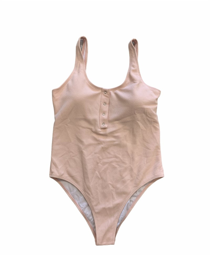 What's The Scoop One Piece *Final Sale*