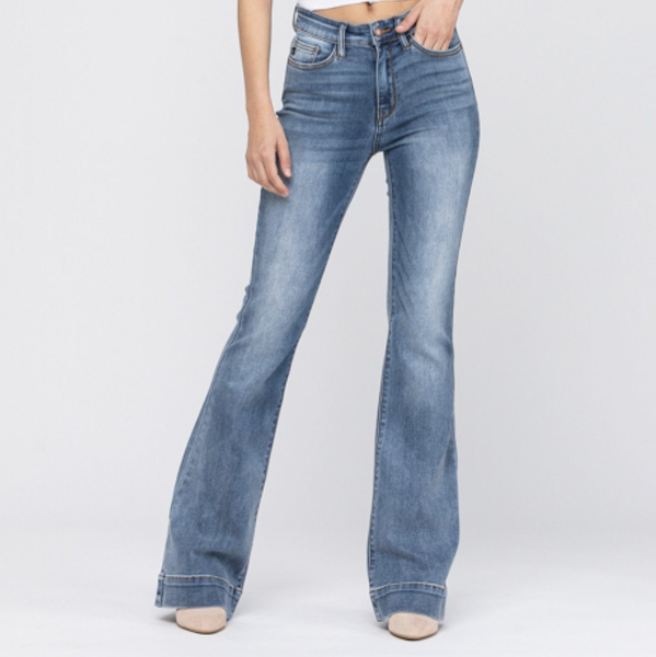 Judy Blue Flared Out Jeans