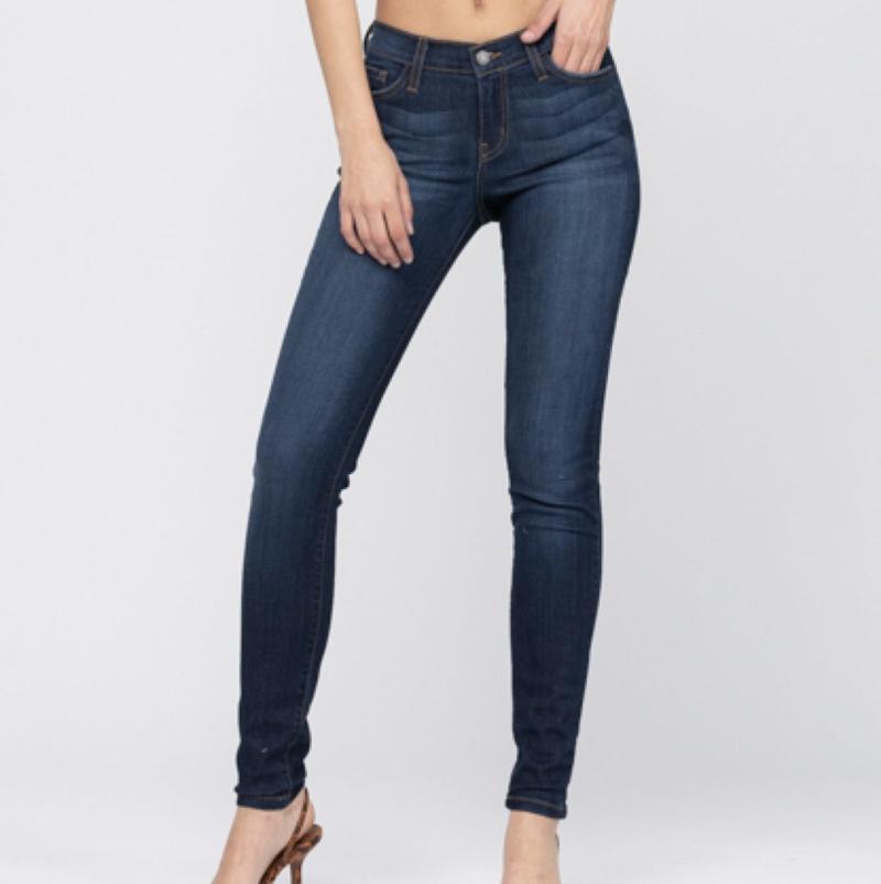 Judy Blue Keep It Classic Jeans