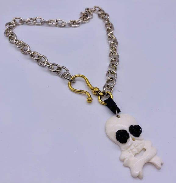 Loco Skull Chain Neckless
