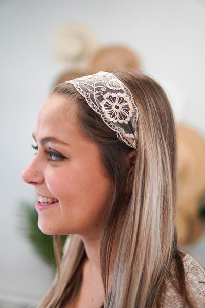Dainty Lace Headband