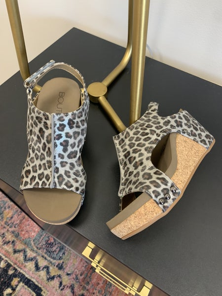 Step Out Wedges