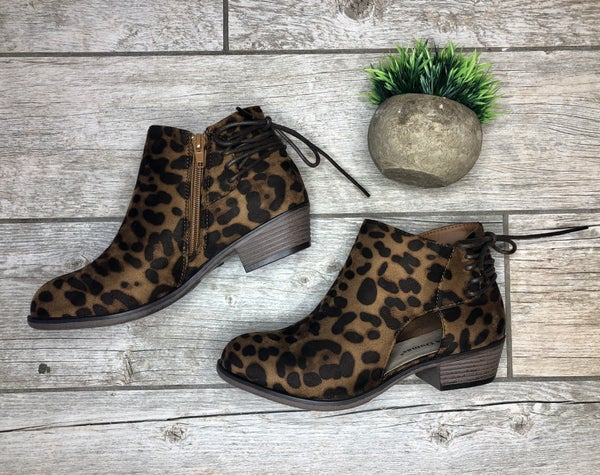 The Laceup Bootie *Final Sale*