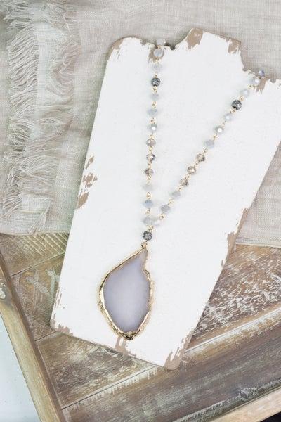Elegant Looks Statement Necklace
