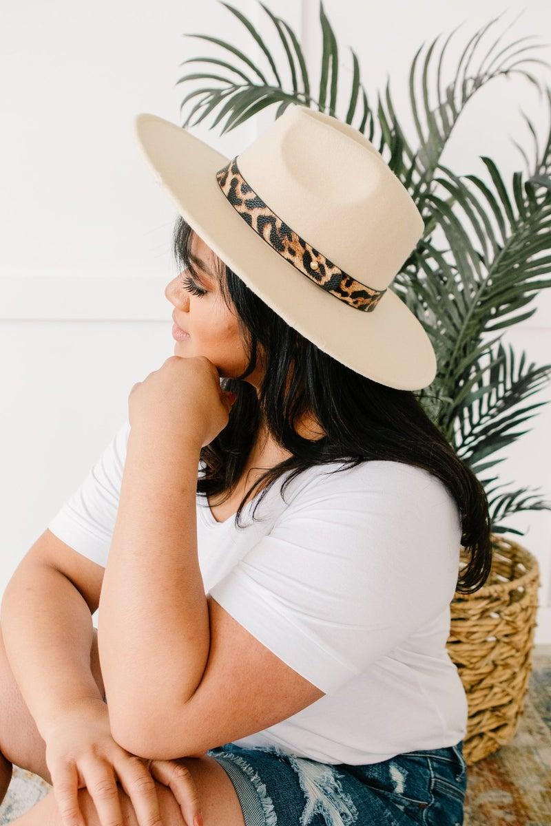 Stripe Of Sassy Hat in Ivory