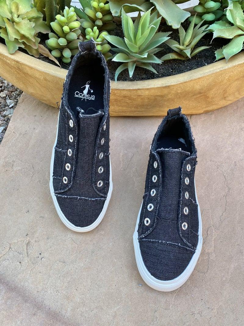 Corkys Babalu Sneaker in Black