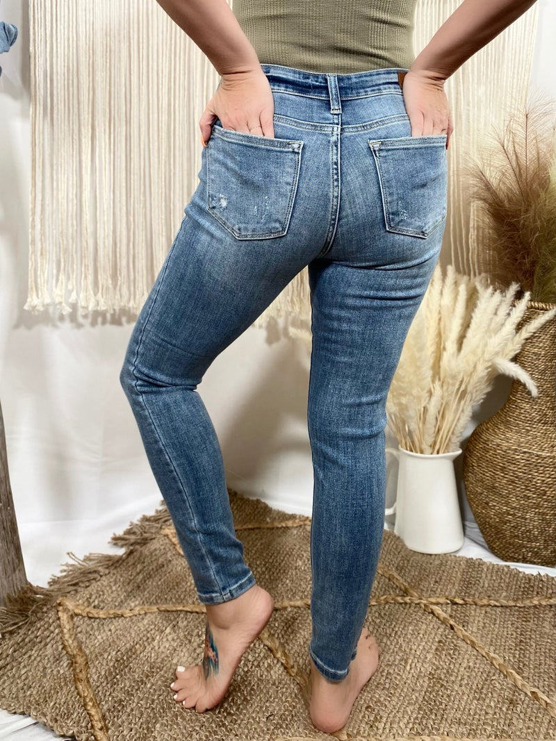 Judy Blue Non-Distressed Mid-Rise Cropped Skinny