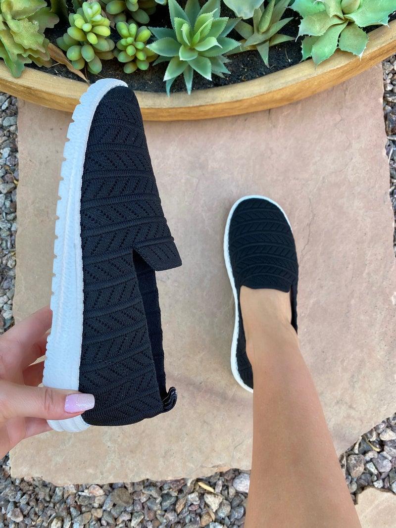 Very G Swift Sneaker in Black