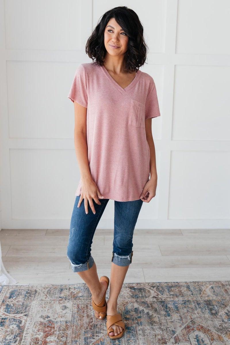 Basic V-neck in Pink