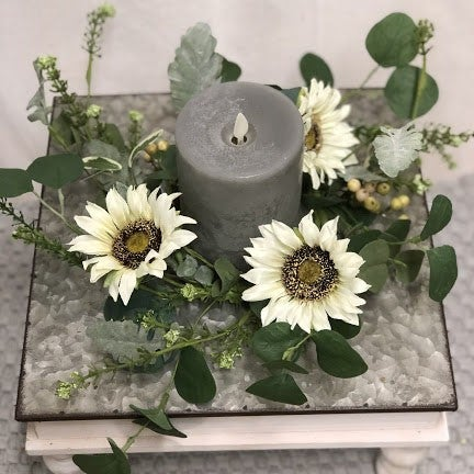White Sunflower Candle Ring