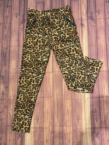 Animal Print Legging with Zipper Pockets