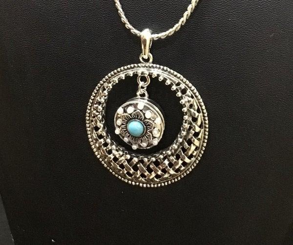 Basketweave Circle Pendant Snap Necklace