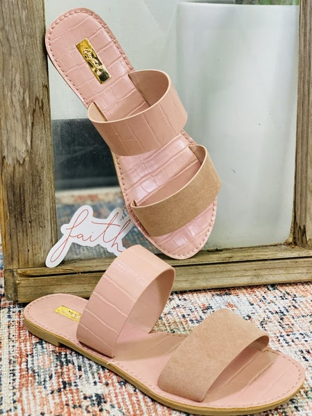 Meet Me By The Pool Sandals - Pink
